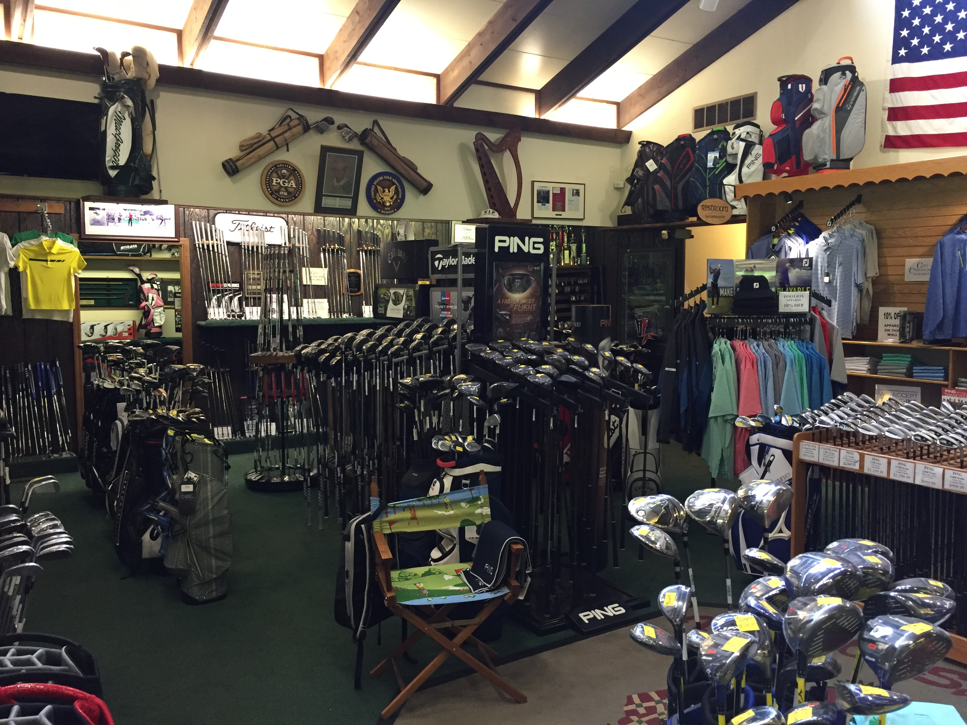 There must be a reason that avid golfers travel miles to shop at Tam  O Shanter s award winning golf shop. Managed by 2003 National and 2017  Tri-State PGA ... 0ce71ed1b3